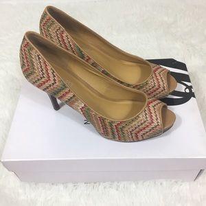 New with box Nine West open toe heels
